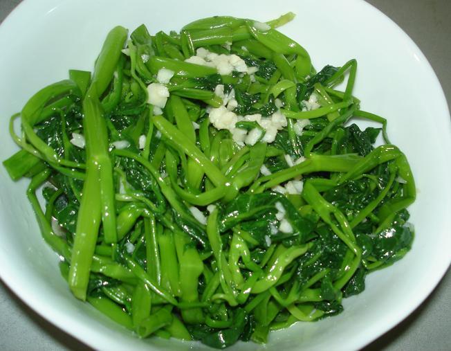 Làm thêm bước này khi xào rau: Món ăn xanh mướt, giòn sần sật ai cũng mê tít