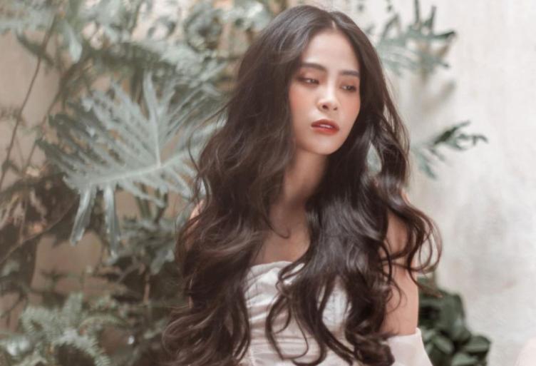 Ca nương Kiều Anh than trời vì mái tóc dài mùa dịch nhưng khiến ai cũng xuýt xoa vì quá đẹp